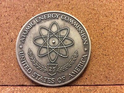"1946 - 1971 Atomic Energy Commission 25th Anniversary Medallion 2"" diam. Excelle"