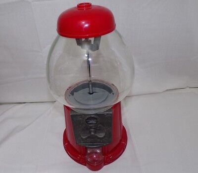 Carousel Classic Red Metal Base Glass Globe Gum Ball Machine/ Candy Dispenser