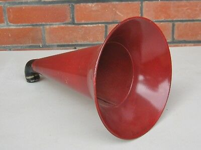 Horn for horn gramophone / phonograph --  ( C )