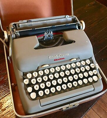 Vintage 1950s Smith-Corona 5TE Electric Portable Typewriter w/Case, Works Great!