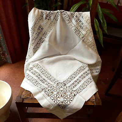 """HTF~Antique~White Linen~Needle-drawn-Lace-Work~Hemstitched Tablecloth~31"""" Sq."""