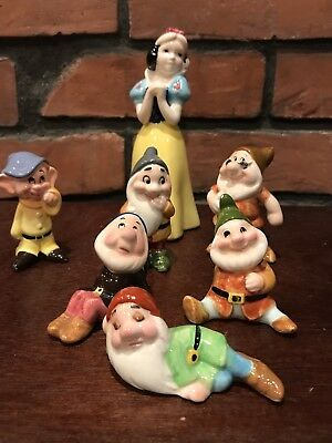 Vintage Walt Disney Productions Snow White And 6 Dwarfs Ceramic Figurines