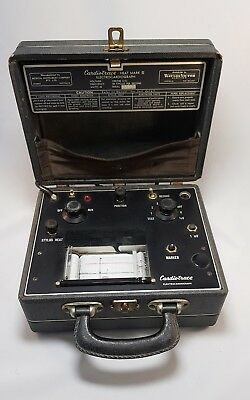 Vintage Antique 1950s Medical Doctor Working Cardiotrace Electrocardiograph ECG