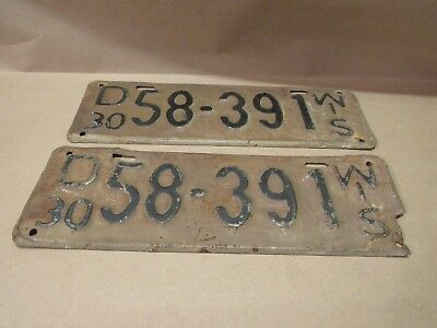 Wisconsin 1930 Old License Plate  pair  (2)
