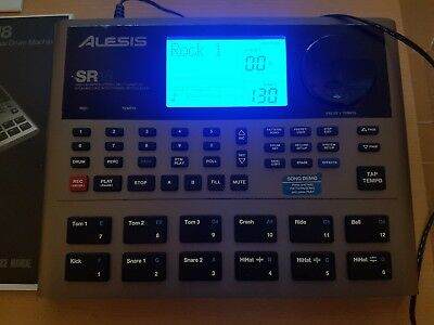 Alesis SR18 Drumcomputer High Definition Drum Machine Top Zustand