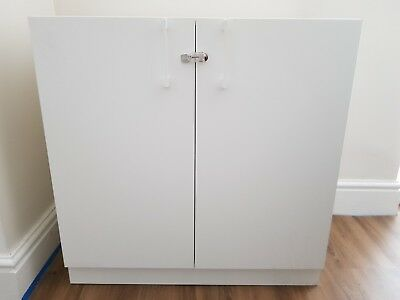 Brand New lockable cabinet, Finished In White. Including 1 Shelf.