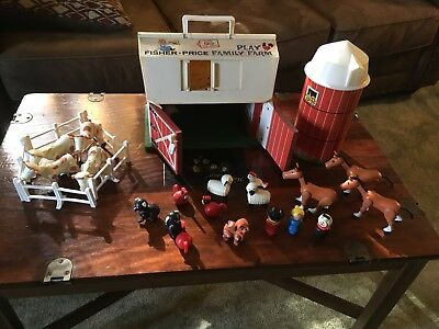 Vintage Fisher Price Little People Play Family Farm Barn & Silo 1967