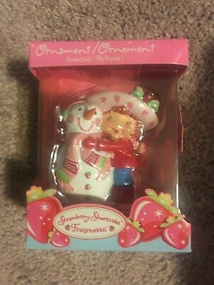 2005 Carlton Cards Scented Strawberry Shortcake Christmas Ornament MIB