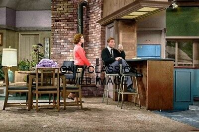 Dick Van Dyke Tv Show Mary Tyler Moore On Set Color 8X12 Photo Television Icons