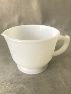 PV02408 Reamer Pitcher Only- Milk Glass- Hazel Atlas MEASURING AND MIXING CUP