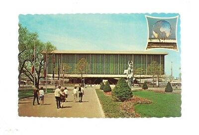 1964-1965 New York World's Fair Picture Postcard United States Pavilion