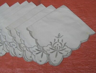 Set of  8   Vintage  Tea NAPKINS Linens  Embroidered FANCY  DESIGN