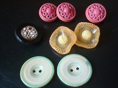 lot of 8 vintage buttons celluloid, plastic glass