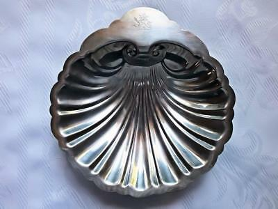 Antique/vintage English Silver Mfg Corp. Clam Shell Silver Plate Serving Dish