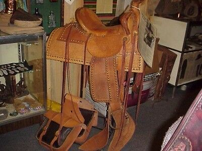 Hand Made Late US Marshal Ralph Hooker Spotted Highback Saddle & Bags & Slicker