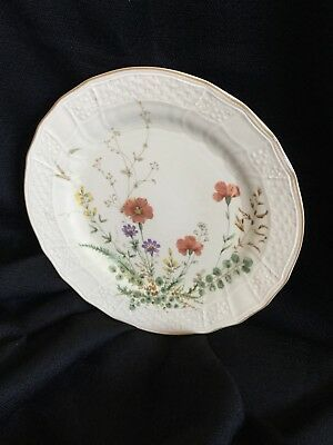 Mikasa Fine Ivory Margaux Luncheon Salad Plate 8 1/8 Inch D1006