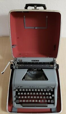 Royal Quiet De Luxe Typewriter Antique Portable With Case Vintage Clean