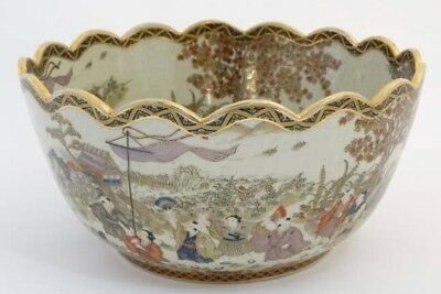 A LARGE AND EXCEPTIONAL JAPANESE SATSUMA BOWL. Meiji period