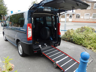 2011(11) Peugeot Expert Tepee 1.6HDi WHEELCHAIR ACCESSIBLE VEHICLE WAV DISABLED