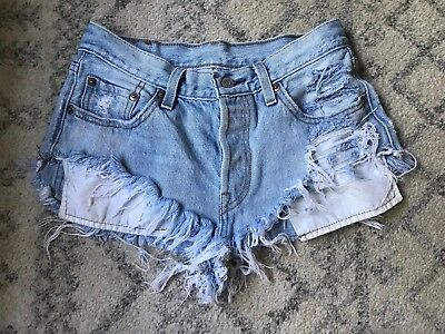 I❤️offers! Levi's 501 Jean Shorts Button Fly Destroyed Distressed Denim 25 27