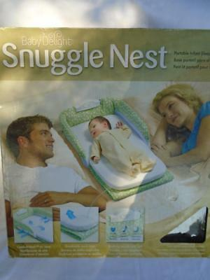 SNUGGLE NEST Baby Delight Portable Infant Sleeper Bedside Infant MUSIC LIGHTS
