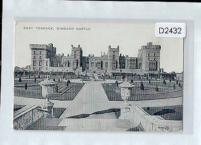 D2432cgt UK Windsor Castle East Terrace unused vintage postcard