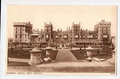 E1677cgt UK Windsor Castle East Terrace vintage postcard