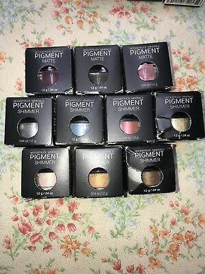Younique CORRUPTED Pigment Matte Eyeshadow NEW IN BOX