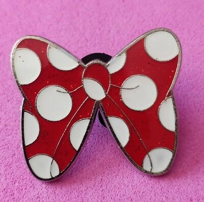 Disney Trading pins Minnie mouse bow