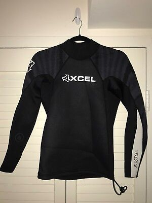 a638fcdb60 XCEL 2 1MM Axis Basic Long Sleeve Top Wetsuit Black Black White -