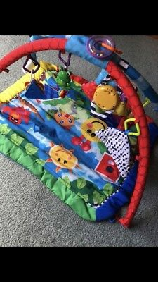 Baby play/activity mat with hanging toys unisex