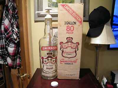 Limited Edition 1979 Empty Smirnoff 1 Gallon Vodka Bottle Pump Original Box