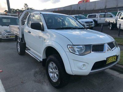 2012 Mitsubishi Triton MN MY12 GLX (4x4) White Manual 5sp M Club Cab Utility