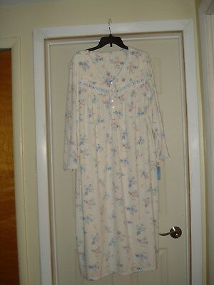 New NWT Womens Size XL Adonna Long Fleece Floral Nightgown Night Gown VERY SOFT!