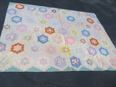 COLORFUL ANTIQUE New England Patchwork Quilt, GRANDMOTHER FLOWER GARDEN, Crafts