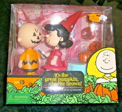 Forever Fun Round 2 Halloween Great Pumpkin Lucy & Charlie Brown Halloween Party