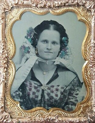 Antique American Victorian Fashion Floral Museum Quality Fine Ambrotype Photo