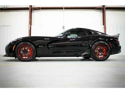 2013 Dodge Viper GTS 2013 VIPER GTS TRACK PKG LAGUNA PKG $22K IN CARBON FIBER WHEELS AND TRIM RARE!!!