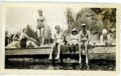 1930s Photo Canada Ontario Lake Rosseau Brouwer Family Swimsuits Sitting on Dock