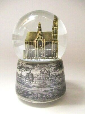 Cologne Snow Ball XL High End with the Game Clock Cathedral 15 Cm