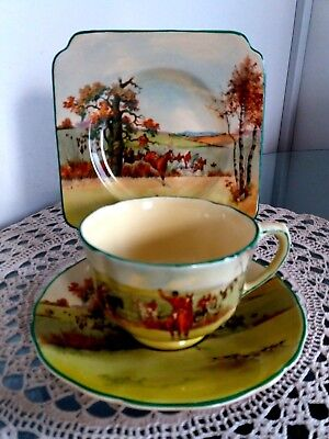 Extremely Rare Royal Doulton Fox Hunting D.5104  trio tea cup,saucer,cake plate