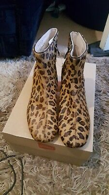 Chinaberry Bay Leopard Print BOOTS Size