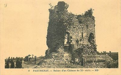 79 Parthenay Ruines Chateau Nd