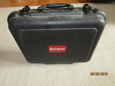 Selmer CL300 Clarinet re-padded with leather pads and Selmer case