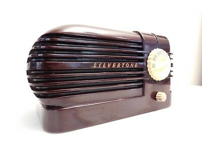VINTAGE OLD 1930s SILVERTONE ART DECO ANTIQUE BAKELITE TUBE BULLET RADIO ,L@@K !
