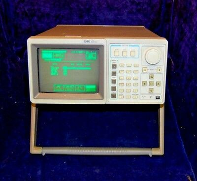 Tektronix 1240 Logic Analysator