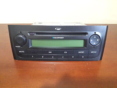 * FIAT GRANDE PUNTO 199 Radio Blaupunkt CD MP3 Player 7647386316 con cavo AUX