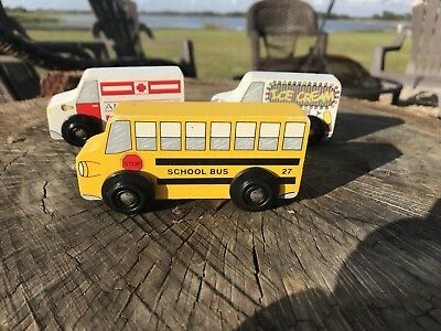Melissa /& Doug MD9395 School Bus