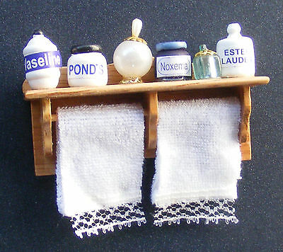 1:12 Scale Wooden Shelf & 2 Towels With Fixed Accessories Dolls House Bathroom