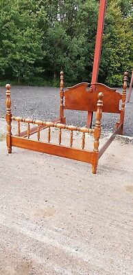Lovely Repoduction Antique Syle Bed Frame 5ft